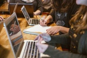 Quelle insertion professionnelle pour les apprentis des grandes écoles ?